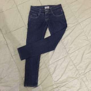Celana jeans Biru size 26