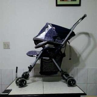 日本Aprica嬰兒双向手推車
