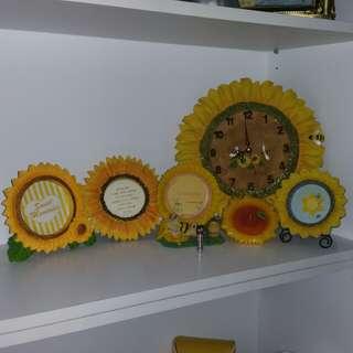 Sunflower Photo Frame Clock Candle
