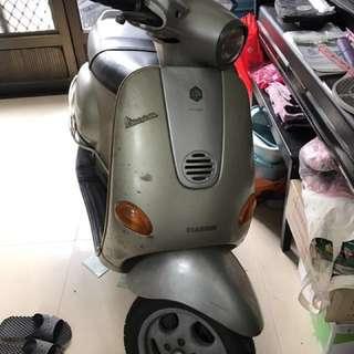 偉士牌ET-8摩托車
