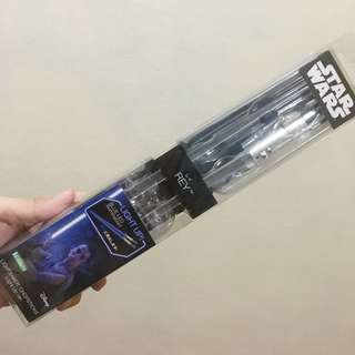Star Wars lightsaber chopsticks