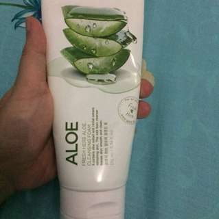 NATURE REPUBLIC ALOE CLEANSING FOAM