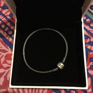 Pandora 18cm oxidised bracelet