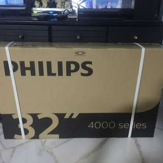 Brand new Philips television 32PHT4002/98