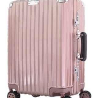 24寸古典款弧鋁框包角行李箱