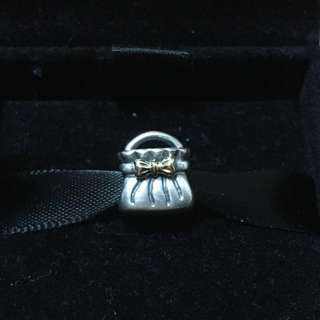 PANDORA Handbag with gold plated Ribbon Charm