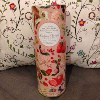 Crabtree biscuits cookie Christmas gift  曲奇 餅 聖誕禮物 Strawberry & clotted cream