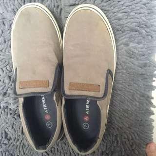 Airwalk slip on shoes
