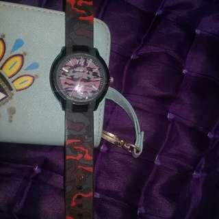 jam tangan pria naughty