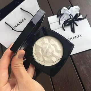 Chanel Limited Edition Lion Highlighter
