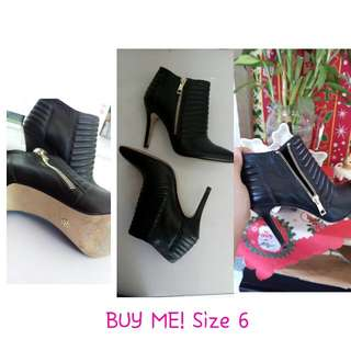 RE-PRIZE Heel Boots