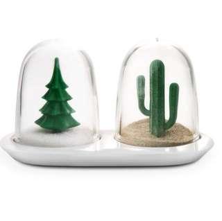 Christmas Gift - Salt and Pepper Shaker