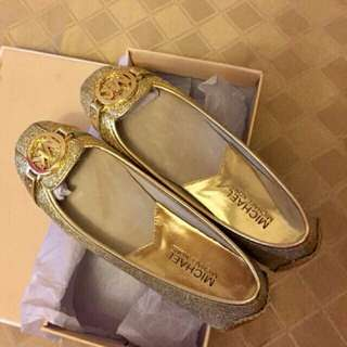 Authentic Michael kors brand new shoes Fulton flats