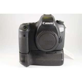 Canon 6D with Original Canon Battery Grip