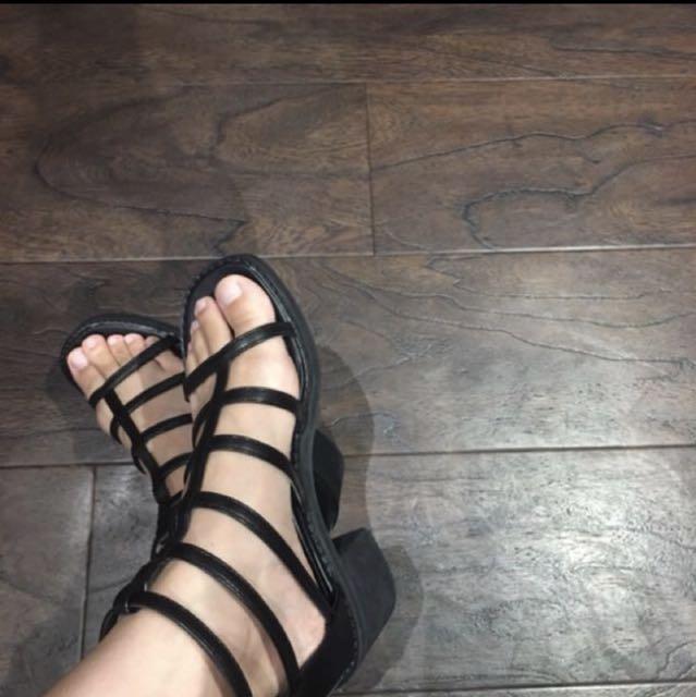 瑪菲斯羅馬涼鞋(免運求售)