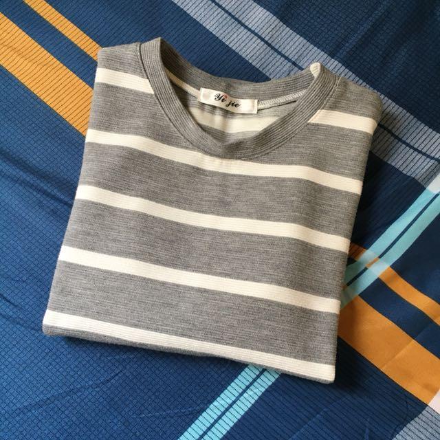 厚實質料條紋短袖上衣
