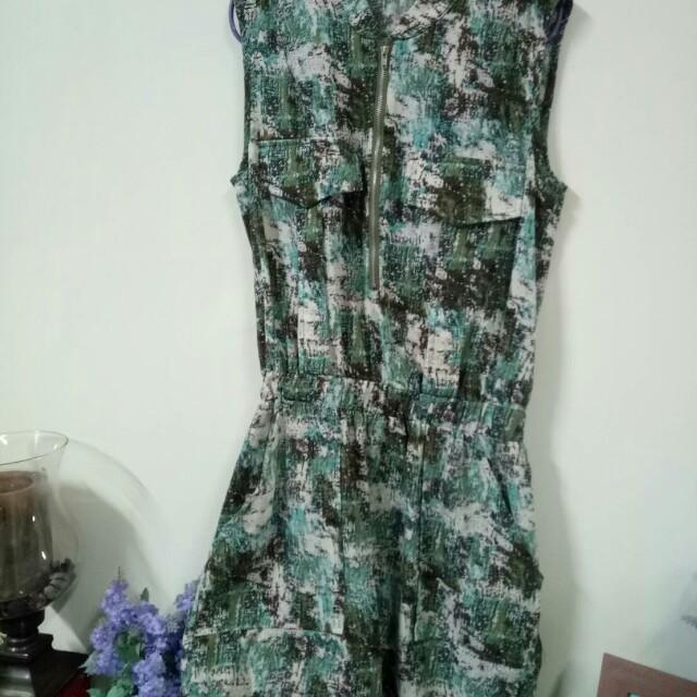 韓版  氣質俐落款背心洋裝