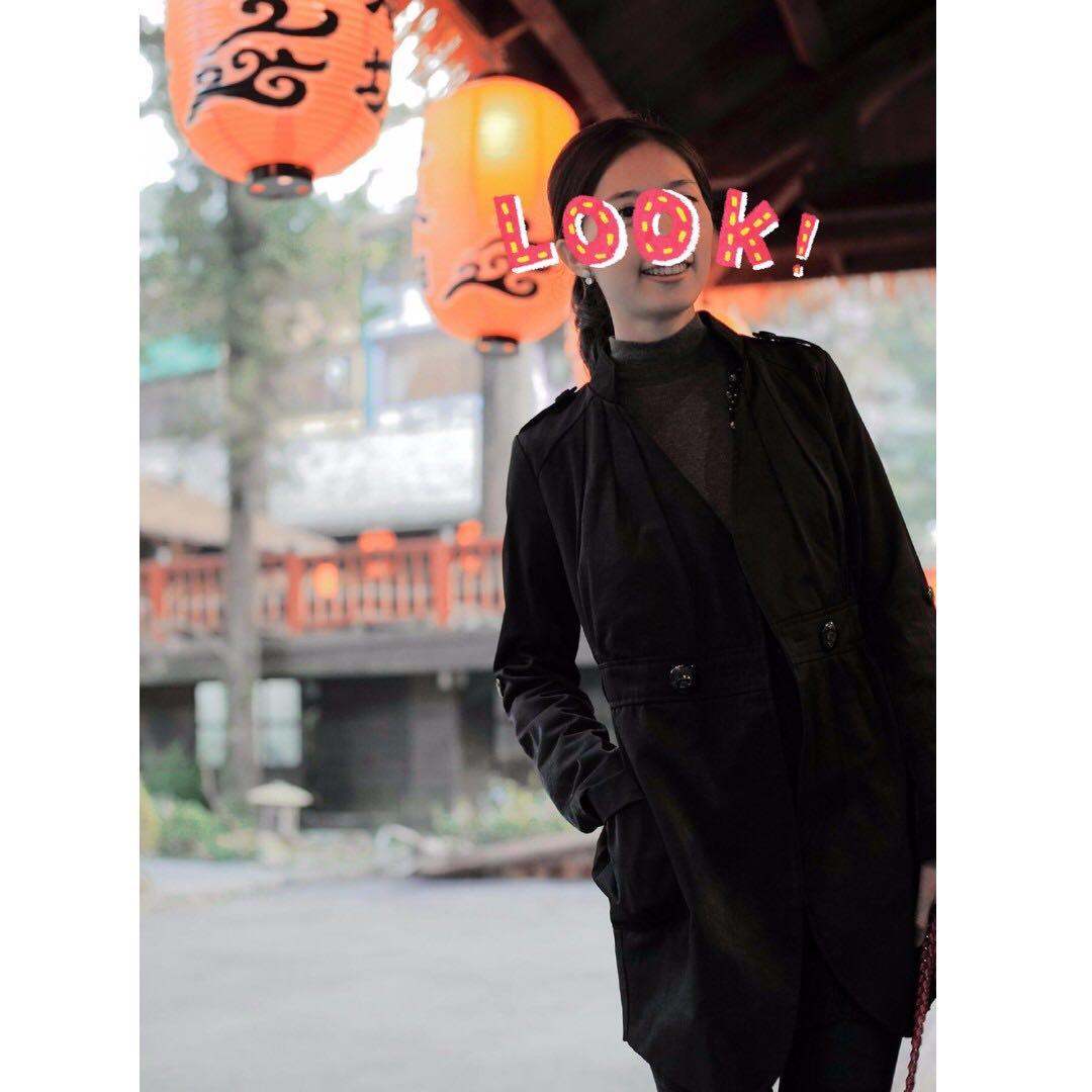 正韓  韓國製  珠光亮面風衣 大衣外套  可兩穿法