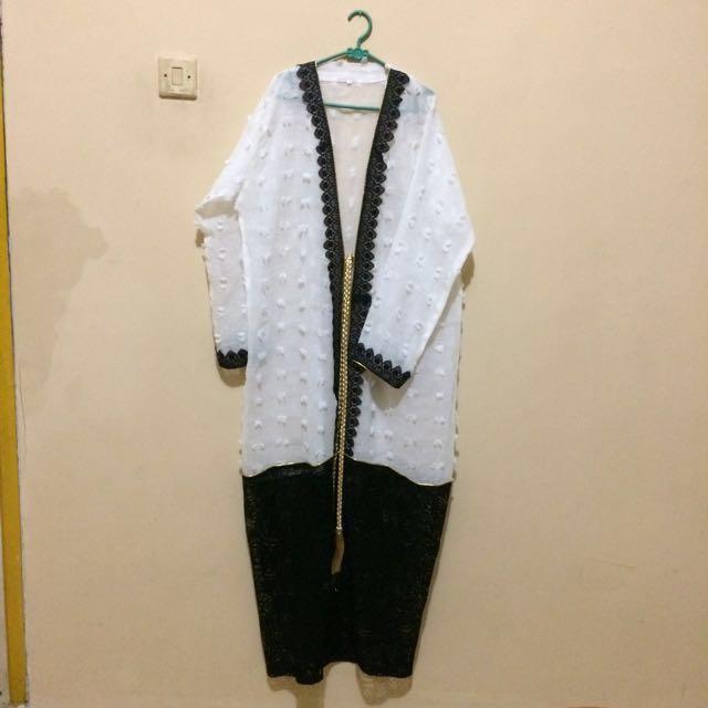 Abaya cotton candy white & black