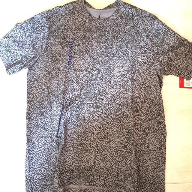 d24ff9271a1 Air jordan 3 cement elephant print t-shirt size xxl, Men's Fashion, Clothes  on Carousell