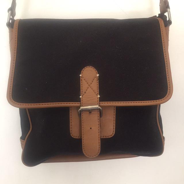 ALDO Messenger Bag - Black