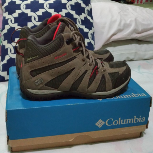 Authentic Columbia Hiking Boots US7