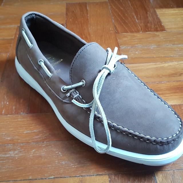 5e09f169c6f5 Brown Allen Edmonds boat shoes
