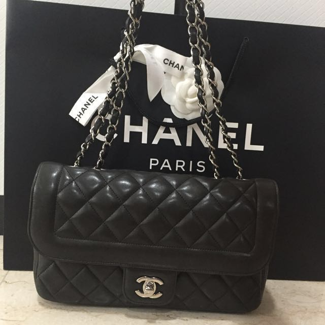 c7d6f13d3bf267 Chanel Coco Rider flap bag, Luxury, Bags & Wallets on Carousell
