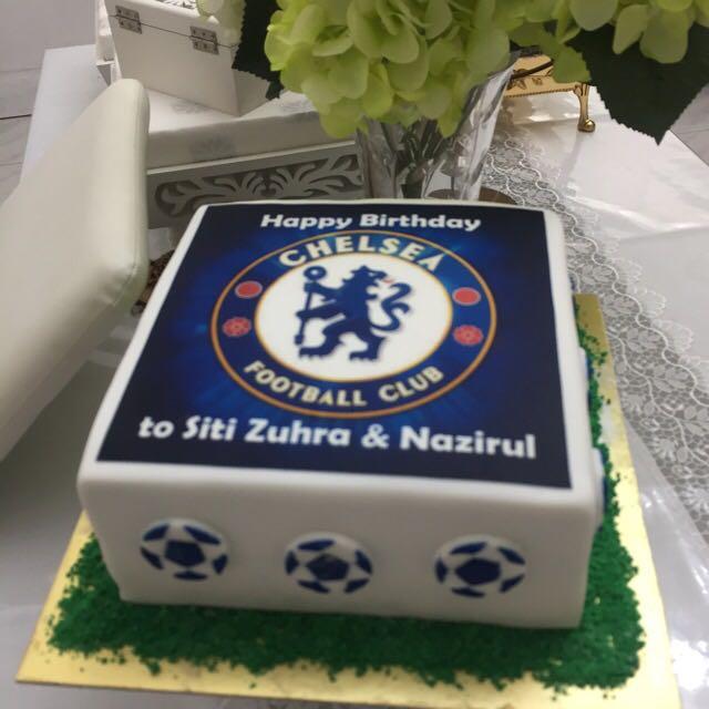 Stupendous Chelsea Theme Cakes Cupcakes Food Drinks Baked Goods On Carousell Personalised Birthday Cards Veneteletsinfo
