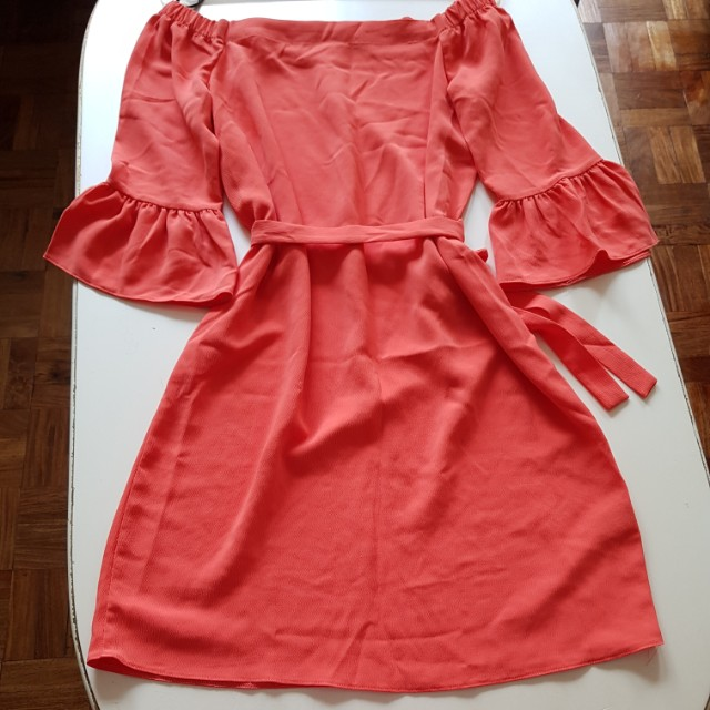 DOROTHY PERKINS coral off-shoulder dress