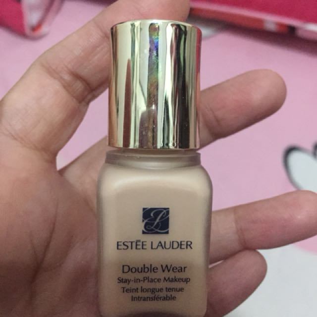Estee Lauder Double Ware Stay In Place Make Up