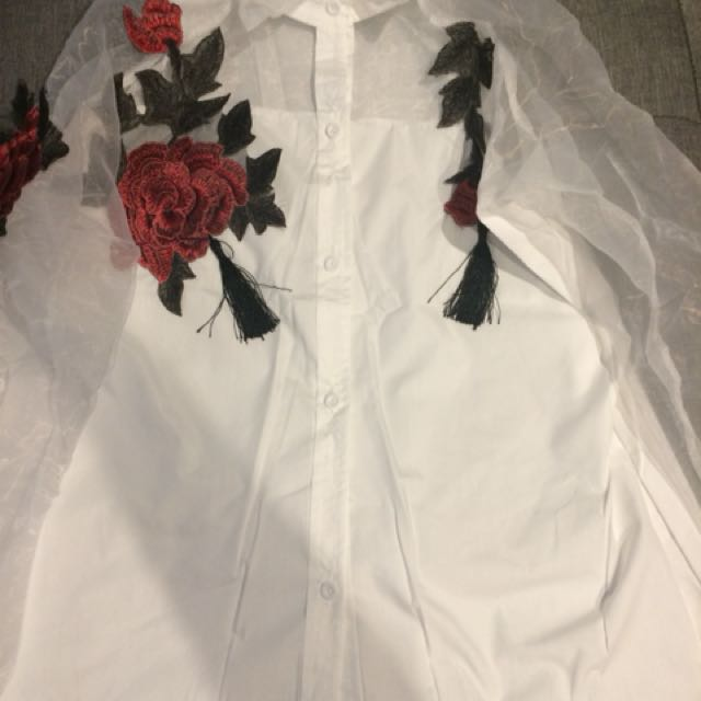 Floral seethrough shirt