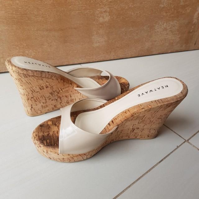 Heatvawe wedges sandals
