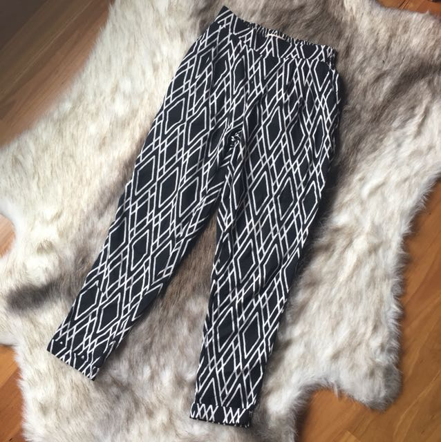 High/mid waist trousers size 6