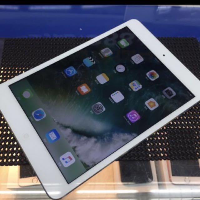 賣iPad mini.16G.銀色.95新.