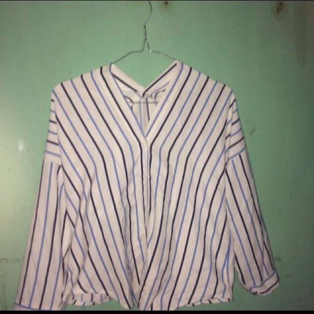 Kemeja blouse stripe