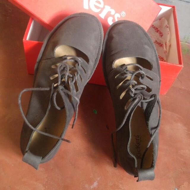 Kickers Imara Genuine Leather Black Shoes (Size 8US)
