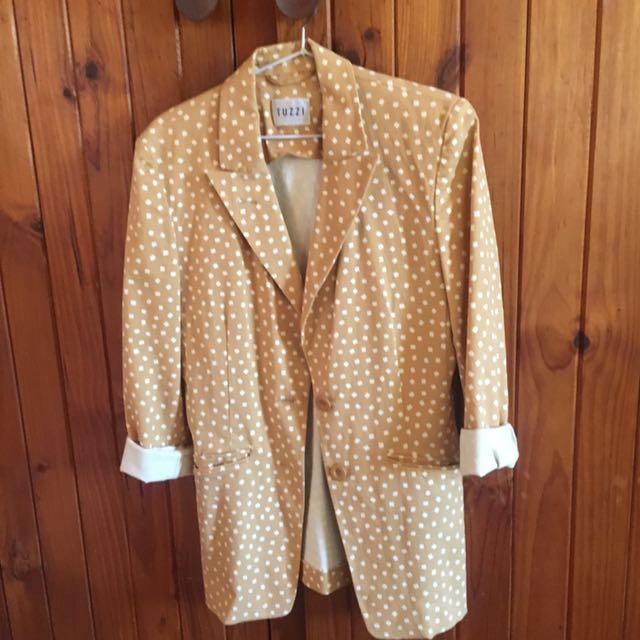 Ladies camel coloured spot jacket
