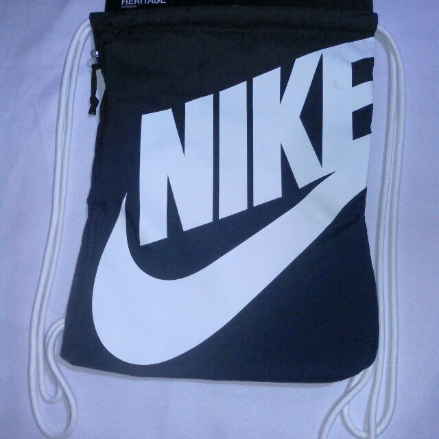 💞Missy's NIKE HERITAGE Black Drawstring Bag