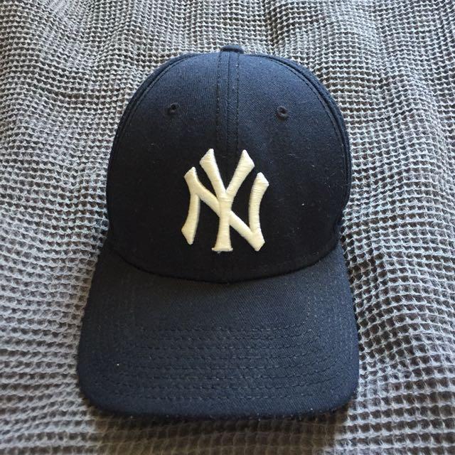 Navy Yankees Cap