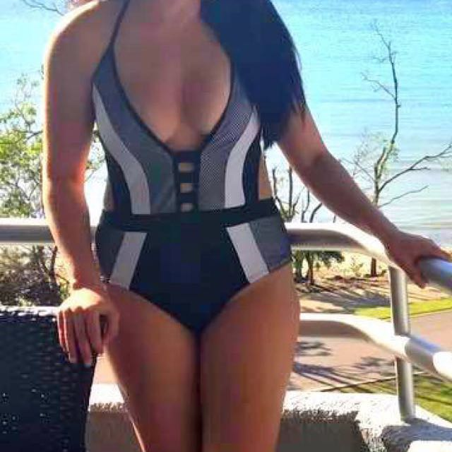 NEW One Piece Swimwear
