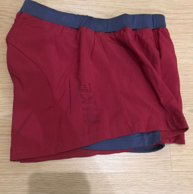 Nike Cycling Shorts - Maroon/Gray (Medium)