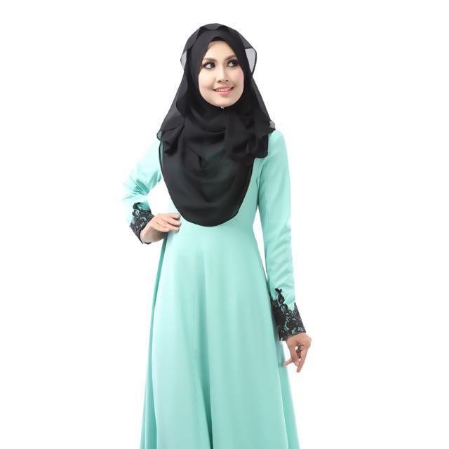 REDUCED** Zawara Mint Green Dress