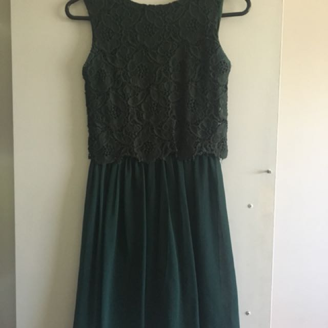 Size Small Club L dress from ASOS forest green