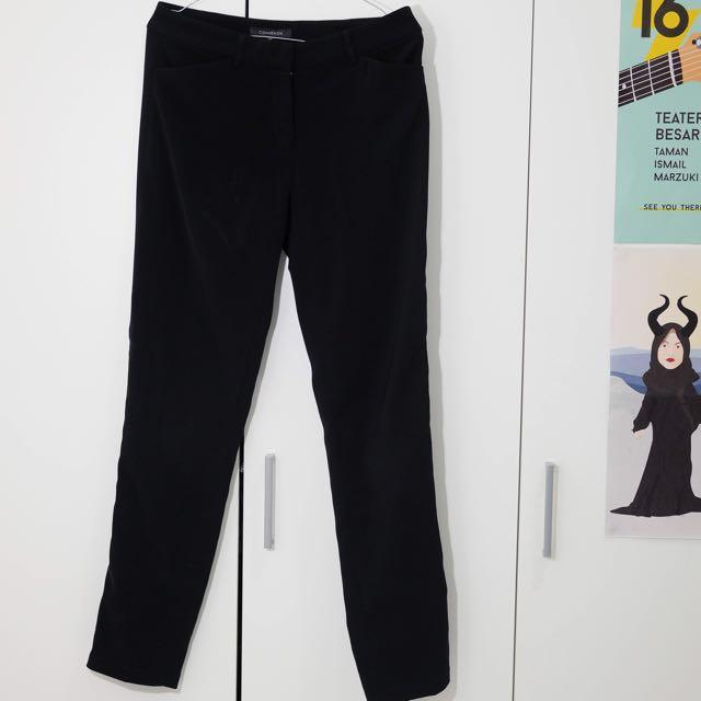 Skinny trouser: Celana kerja formal hitam CONNEXION
