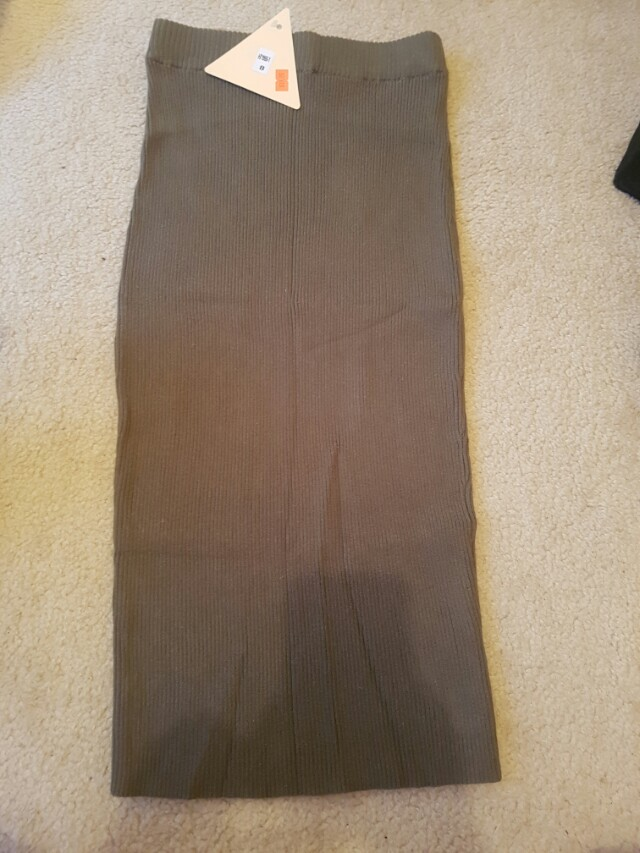 Skirt- tag is still on! never worn