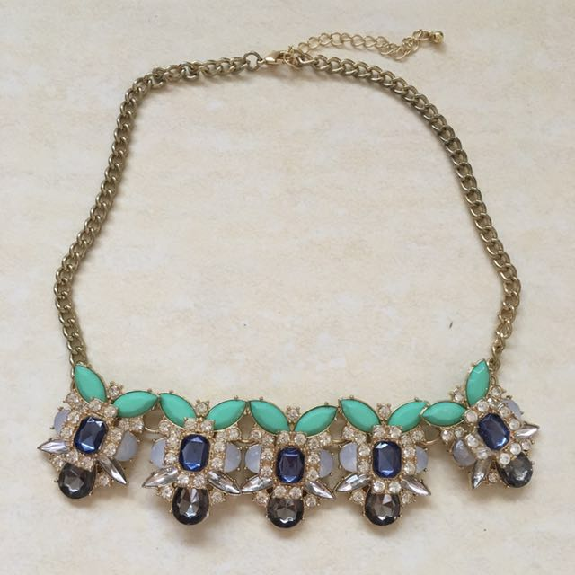 Target green statement necklace