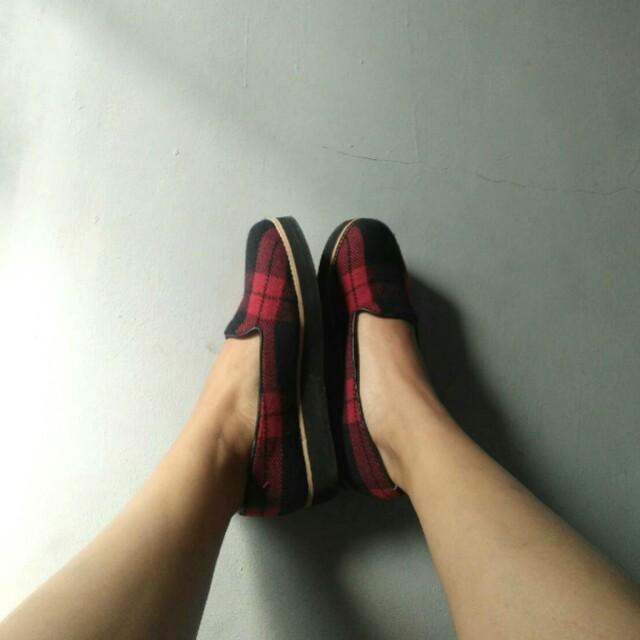 Tartan Shoes FREEONGKIR!