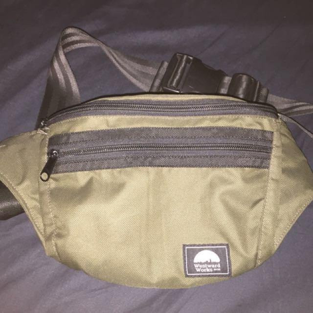 Westwards works waist bag not ( herschel, nixon, jansport, hurley )