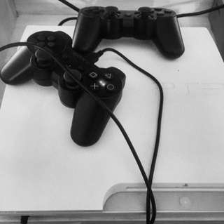 Sony PlayStation PS3 Slim 320GB + 2 Stik Original